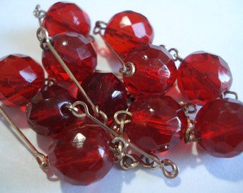 20's 30'3 Beaded Red Glass necklace