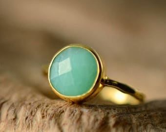 40 OFF - Green Chrysoprase Ring Gold - Solitaire Ring - Mint Stone Ring - Stacking Ring - Gold Ring - Round Ring