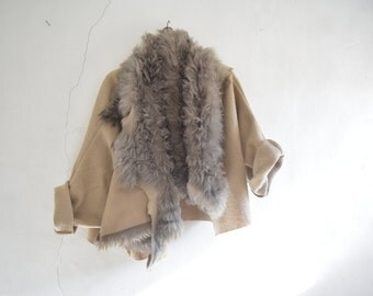 Shearling Collar Loose Wool Jacket in Grey and Beige - Made to Order