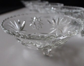 Vintage Footed Bon Bon 3 Toe Footed Bowl in Prescut-Clear by Anchor Hocking