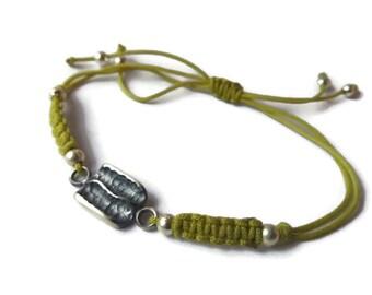 Brainded bracelet. Silver macrame bracelet. Custom size bracelet, Couple bracelet, Woven bracelet, Nylon cord bracelet. Adjustable macrame