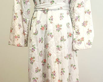 Vintage 1940s Glamour Quilted Dressing Robe. NOSWT Textron. Small to Medium