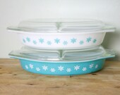 Vintage 1950's Pyrex Teal Blue Snowflake 1.5 QT Covered Divided Casserole Dish Set