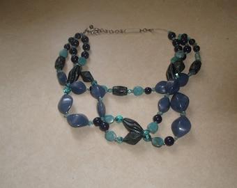 vintage necklace triple strand blue lucite silvertone