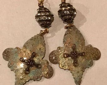 Patina & Blush finished Fleur de lis dangle earrings. Vintage French Rhinestone Barrel Bead accents. 14K GOLD hooks. The baroque Princess