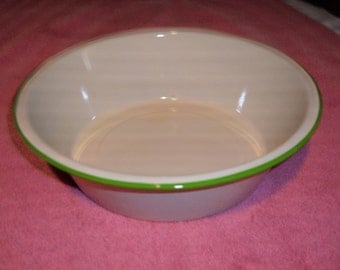 Vintage Cream With Green Trim Granite Ware Wash Bowl