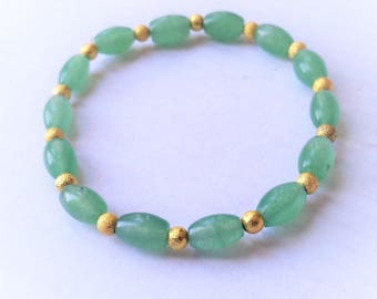 Beautiful  natural green onyx, gold filled stardust beads stretchable stackable bracelet