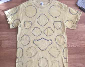 Adult S soft yellow and dusty grey shibori dyed tee