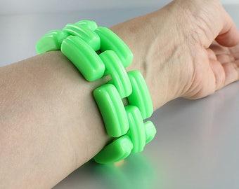 Neon Green Bracelet. Wide Plastic Chain Bracelet.  Chunky Large Vintage 1950s Mod jewelry