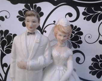 Vintage wedding cake topper - bride and groom - vintage wedding - blonde bride - wedding decor - Wilton Chicago - bisque cake topper