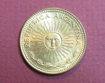 Argentina 1 peso coin 1976, collecting craft jewelry supply supplies, sun face, sunface,inv2