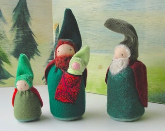 Gnome Table Puppets // Peg People // Father Doll // Grandfather Doll