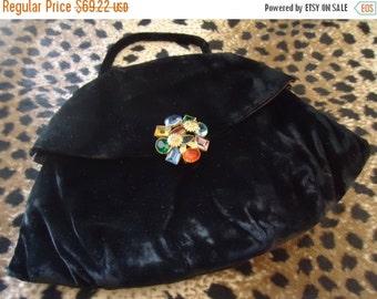 Christmas Sale Vintage Black Velvet Clutch High End Black Tie Formal Rhinestone Clasp Purse Mad Men Mod Art  Deco 1940's Mid Century Handbag