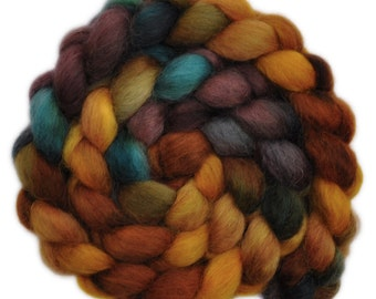 Hand painted wool roving - Wensleydale wool combed top spinning fiber - 4.1 ounces - Sophisticate