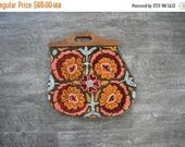 SALE 1930s crewel purse . 30s floral embroidered bag