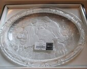 Mikasa Clear/Frosted Glass Nativity Scene Decorative Plate