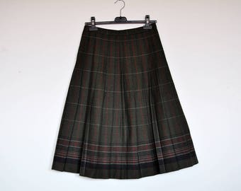 Vintage Tartan Hunter Green Plaid Pleated Wool Midi Skirt