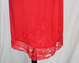 Vintage Half Slip Lace Red Small with Lace