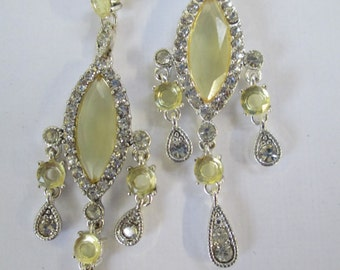 Vintage silver toned yellow center dangling with crystals peirced earrings used no markings