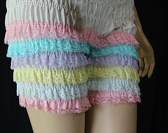 Malco Modes Pettipants / Pin Up Lingerie / Rockabilly Girl / Panties / Bloomers / Rainbow Ruffles