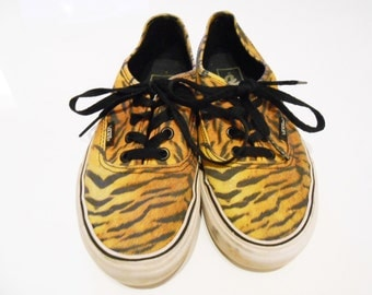 Tiger Print/ 90s Sneakers/ Club Kid Shoes/ Vaporwave/ Skateboard Shoes/ 90s Club Kid/ Canvas Shoes/ Vans Shoes/ Vans Off the Wall/ Hipster