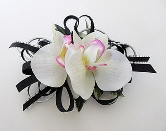 Faux Corsage - Wedding Corsage - Anniversary Corsage - Prom Corsage - Mother's Day Corsage - White and Black Corsage