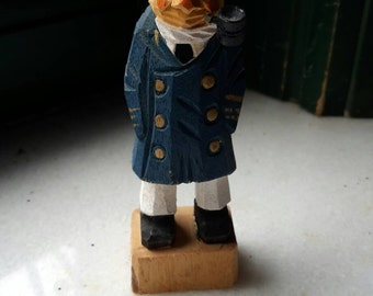 Wood sailor sculpture/Captain sailor miniature/Wooden miniature/wood sculpture souvenirre