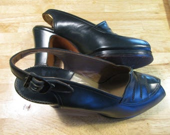 SALE! 1940s 50s Slingback Peep Toe Shoes Custom Made by The Rollins Co Martinique 6 aa Forest Green