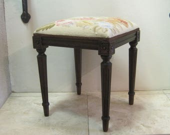 Needlepoint Vanity Parlor Stool Chair Floral Rose Design