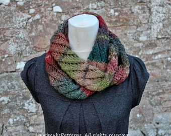 Knitting patterns for women, scarf pattern, Diagonal lace infinity scarf - Listing92