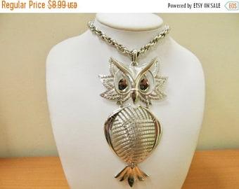 On Sale ALAN Vintage Large Movable Owl Necklace Item K # 1968