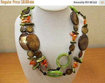 On Sale Hand Made Dyed Mother of Pearl Necklace Item K # 1334
