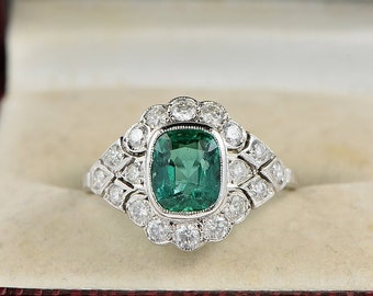 Authentic Edwardian Colombian emerald and diamond distinctive ring