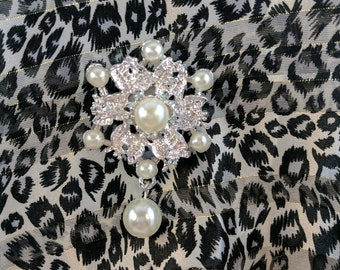 Silver Flower Magnetic Brooch Acrylic Rhinestone Sash Pin Pageant in Silver with Pearls