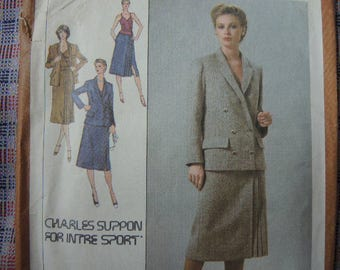 vintage 1970s simplicity sewing pattern 9132 designer Charles Suppon misses lined skirt camisole and blazer UNCUT size 6