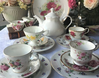 Lovely English Mismatched Tea Set for 4 Cottage Style, Shabby Chic Tea Set 17 Pieces Complete Tea Set for 4 Full China Tea Set
