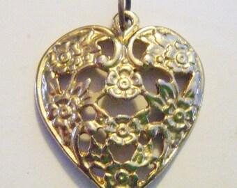 30% Off Storewide Vintage  Gold Filigree Heart Pendant