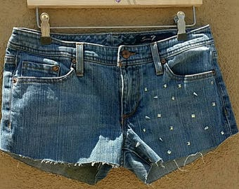 Seven 7 Studded and Spiked Blue Jean Denim Distressed Shorts Size 30