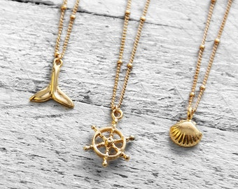 WHEEL necklace with steering   gold