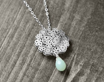 FLORAL necklace with flower and gem   silver