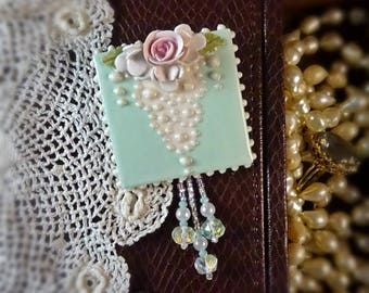 Brooch Magnificent Lace and Rose Pin