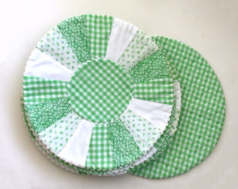 Green Gingham Placemats - Quilted Placemats -  Round Placemats - 1950s Placemat Set -  Six Placemats