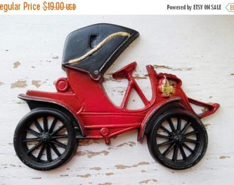 ON SALE Car, Wall Plaque, Midwest Co, Cast Metal, Wall Hangings, Vintage, Antique Looking Car, Wall Décor, Boy's Room, Red, Black