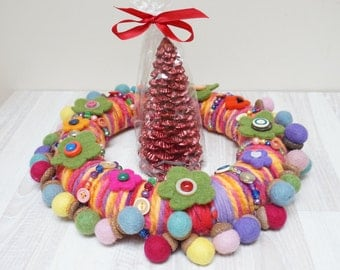 Christmas wreath ornaments hanging Wool color felted baby children nursery room decor textile button art acorn flower floral green red pink