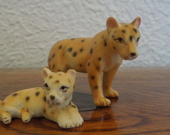Vintage Ceramic Miniature Cheetah Pair