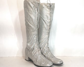 1960s silver lurex lace-up boots - size 9 - silver mod boots - 1960s silver gogo boots - 1960s boots - metallic stretch lurex silver boots