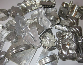 36 Metal Cookie Cookie Cutters with Handles as well as bear forms and tart cookie shells- great set of many shapes Christmas holidays cc6