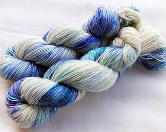 Handpainted Sock Yarn, 75 Wool  superwash, 25 Nylon 100g 3.5 oz.  Nr. 354