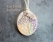 Delicate Leaf Essential Oil Diffuser Pendant Necklace Aromatherapy Clay Jewelry Rustic Botanical Colorful Aroma Scent Therapy Gifts for Her