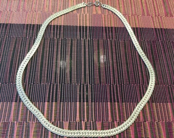 "Silver Herringbone 20"" necklace"